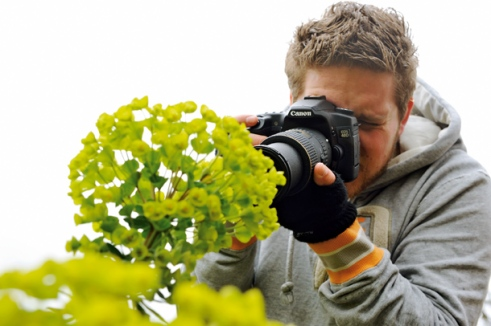 Photo Plus apprentice. Oxford botanical gardens. Clive Nicholl garden photographer.